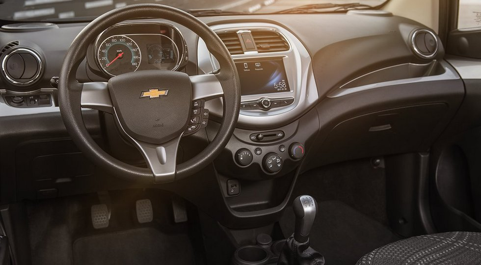 chevrolet-beat-sedan-interior