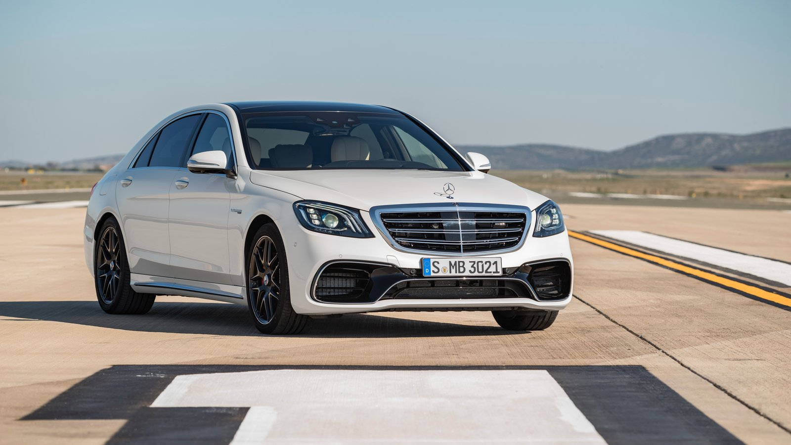 mercedes-amg_s_63_4matic_lang_3