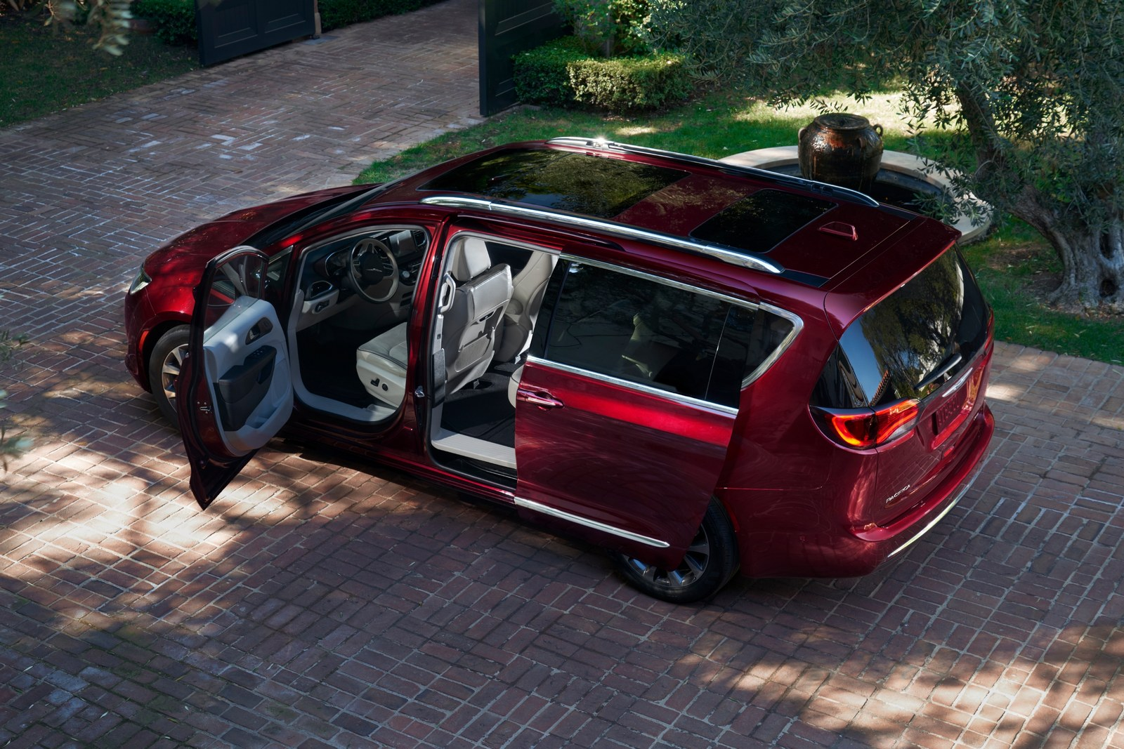 chrysler_pacifica_limited_14