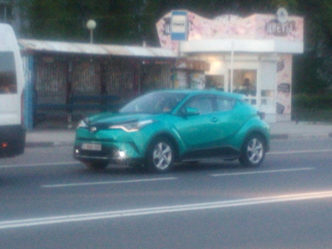 toyota-c-hr-live-photo-russia-1