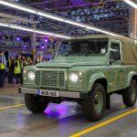 Land Rover выпустил последний Defender