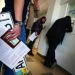 В Кабмине предложили решение проблемы с перерегистрированными автомобилями в Крыму