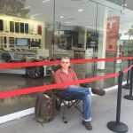 Австралиец занял очередь за Tesla Model 3 за 48 часов до начала продаж