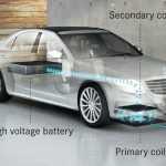 Мерседес начнет заряжать свои автомобили электричеством без проводов