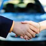 Автосалонам разрешили оформлять сделки купли-продажи подержанных автомобилей
