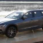 Volvo представила универсал с клиренсом 210 мм — V90 Cross Country