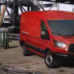 Ford Transit и Tourneo, названы цены в России