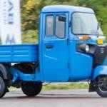 Трехколесный мотогрузовик Bajaj поступит в продажу