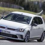 VW Golf GTI Clubsport S побил собственный рекорд Нюрбургринга