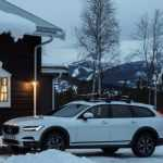 Volvo предложила протестировать новый V90 Cross Coutry в горах Швеции
