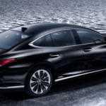 Lexus готовится представить гибридный LS