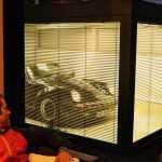Немец построил комнату для своего Porsche 911