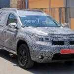 В сети появились шпионские фото нового Renault Duster
