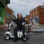 Британский инженер создал реактивный скутер для инвалидов