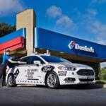 Беспилотные автомобили Ford Fusion Hybrid теперь доставляют пиццу