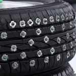 Виды шипов в зимних шинах