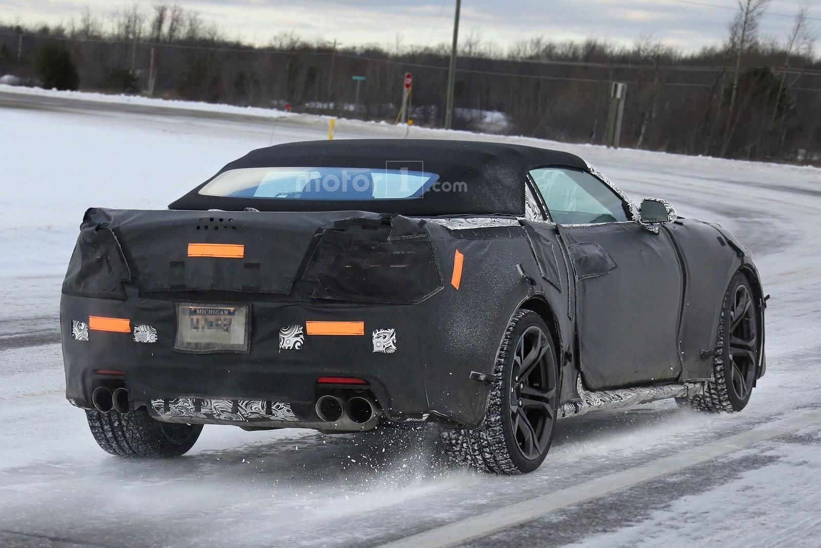 chevrolet-camaro-zl1-convertible-2017-spy-photo-3