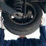 Десять признаков износа шин, которые вам могут рассказать о состоянии автомобиля