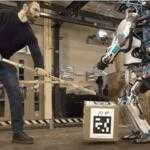 Американская фирма Boston Dynamics показала второе поколение робота Atlas