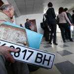 Крымчанам не разрешили оставить украинскую регистрацию автомобилей