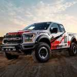 Пикап Ford F-150 Raptor стал пустынным гонщиком