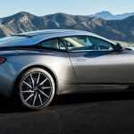 В сети появились первые фотографии Aston Martin DB11