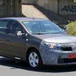 Обновлённый Renault Sandero выехал на дорожные испытания