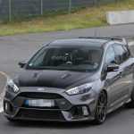 Ford вывел на тесты спецверсию Focus RS и новый Fiesta ST