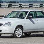 Дилеры уже начали получать Lada Priora Black и White Edition