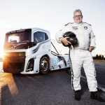 Вольво создало самый быстрый в мире грузовик [Видео]