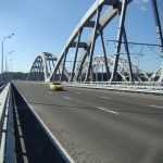 На Дарницком мосту восстановят освещение
