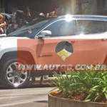 Свежие фото раскрыли внешность нового Jeep Compass 2017