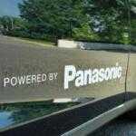 Tesla и Panasonic выпустят солнечные батареи