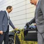 Марка MINI создала свой первый гибридный автомобиль