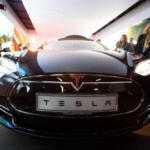 Tesla впервые вошла в сотню самых дорогих брендов мира