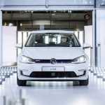 «Стеклянная мануфактура» Volkswagen возобновит производство автомобилей