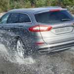 Форд разработал и продолжает совершенствовать систему обнаружения дорожных неровностей