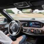 Uber начнет перевозить пассажиров на самоуправляемых «Мерседесах»