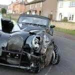 Инженер Morgan разбил редкий автомобиль рядом с заводом