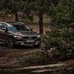 В Украине представлен Volvo V90 Cross Country и гибридный Volvo XC90