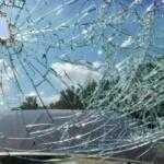 Подлежит ли выплата по ОСАГО из-за попавшего камня в стекло