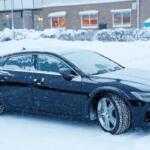 Прототип нового 600-сильного хэтчбека Audi RS7 запечатлели на фото