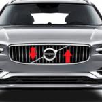 Зачем в автомобилях Вольво диагональная полоска на решетке радиатора