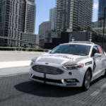 Автомобили Ford с автопилотом начали развозить пиццу